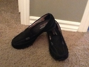 Sketchers Relaxed Fit Memory Foam Shoes