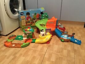 Toot Toot Animals Safari Playset and Rhino Toddler Toy