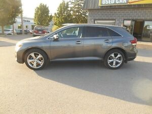2014 Toyota Venza Limited V6 AWD Peterborough Peterborough Area image 3