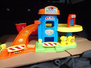Garage/lave auto pour enfant