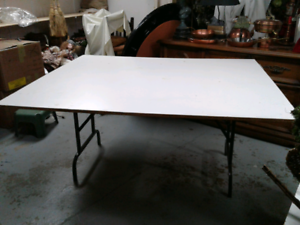 Folding Table Buy Or Sell Tables In Ontario Kijiji