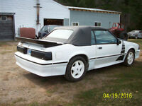 1992 Ford Mustang convertiable 2.3 , 8 plugs  , 5 sp standard