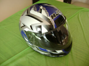 Casque de moto HJC et manteau Joe Rocket