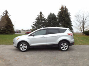 2014 Ford Escape SE Crossover- ONE OWNER w/ 82K & ONLY $14 950!!