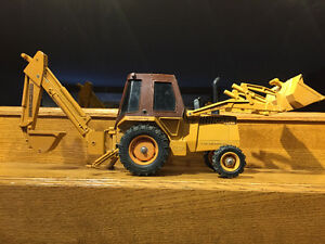 1984 Ertl 1:16 Case 580 Super K Construction King Front End Load