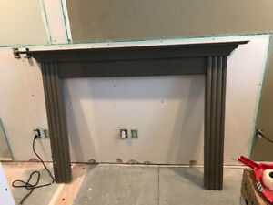 Complete fire place mantle.