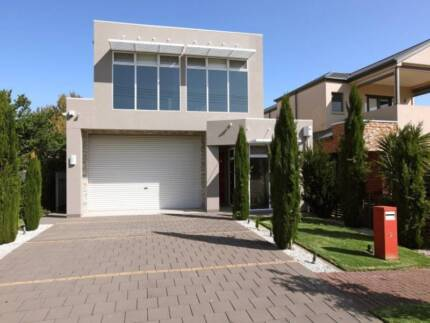 Luxury Fully Furnished House by the Sea Henley Beach Charles Sturt Area Preview