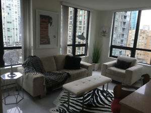 $2200 Yaletown fully furnished 1 bd + solarium (690sf) Avail now