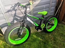 "Sonic Bulk 20"" Wheel Fat Tyre Boys Bike - Black / Green"