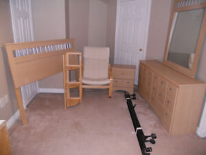 BRAND NEW DOUBLE BEDROOM SET..NO CHAIR!!