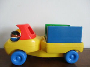 Jolie  Camion  Little  Tike  Avec  6 Figurines