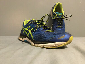 ASIC's running shoes, 11.5