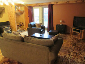 1 Rm Available in 2 Rm Suite -Kitscoty 15 Min from Lloyd Sep 1st