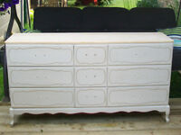 BEAUTIFUL FRENCH PROVINCIAL TRIPLE DRESSER *** CAN DELIVER