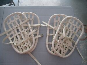 2 Pairs Snowshoes.