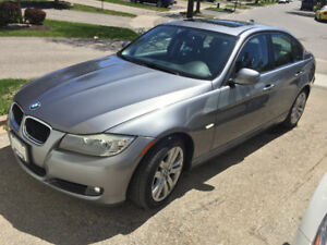 BMW 323i 2011 AMAZING CONDITION. NO ACCIDENTS. TOP PACKAGE!!