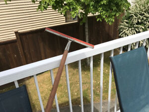 LONG SQUEEGEE POLE (8 feet).