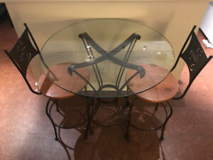 Glass Table with 2 Chairs - Ideal for Apartment Living
