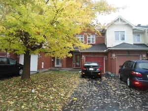 Very well maintained town home in the heart of Centrepointe
