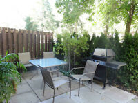 Great Renovated One Bedroom Unit in Condo T/H Don Mills/Finch