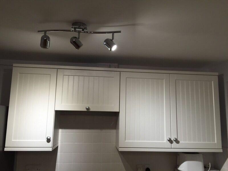 21 piece howdens kitchen doors stornoway kitchen shaker. Black Bedroom Furniture Sets. Home Design Ideas