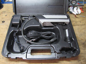 A/C service parts and testers leak detector