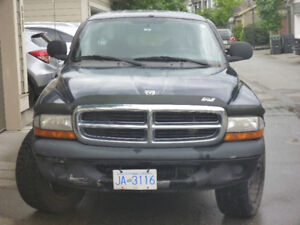 2000 Dodge Dakota Truck, 4 WD, Automatic: $3000, OBO