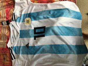 Leo Messi Kit XL( jersey and shorts with tag) original Adidas!