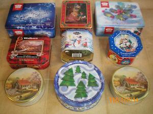 Boîtes métalliques de Noël
