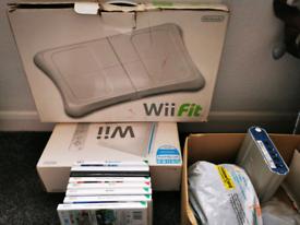 Nintendo Wii Bundle - Motion plus + 20+ games + extras