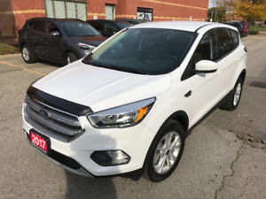 2017 FORD ESCAPE SE AWD ONLY 800 KILOMETERS ONE OWNER