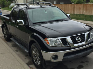 2014 Nissan Frontier SL Crewcab 4x4 - FULL WARRANTY, LOW KM's