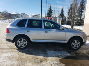 Exc. Condition 2004 Cayenne, low kms V8