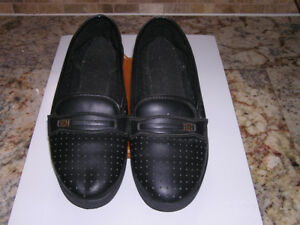 Women's Black Casual Slip-on Shoes Size 6 1/2