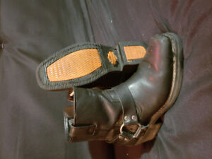 Womens Harley Davidson riding boots size 8/8.5 $best offer