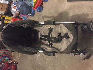 Peg perego baby seat and stroller West Island Greater Montréal image 4