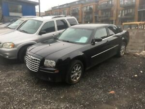 Chrysler 300 4dr Sdn Touring AWD 2009