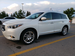 2013 Infiniti JX35 AWD SUV (same as a QX60 )