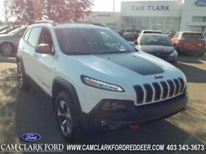 2016 Jeep Cherokee Trailhawk  Moonroof Leather