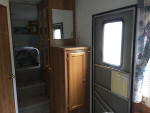 1995 Vanguard Frontier 5th wheel  in excellent condition Regina Regina Area image 5