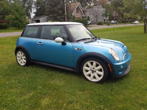 2002 Mini Cooper S (SUPERCHARGED!!!!!!!)