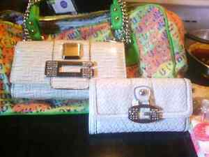 Purses that are still available London Ontario image 1