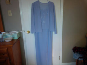 CHRISTMAS/WEDDING DRESSES Kitchener / Waterloo Kitchener Area image 1