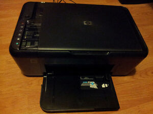 Easy-to-use, HP 3-in-1 printer (Prints, Copies, Scans) London Ontario image 1