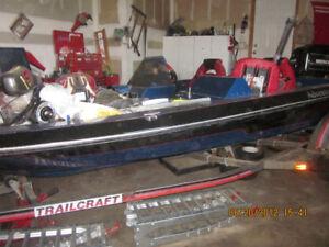 Adventure 175HP Bass Boat