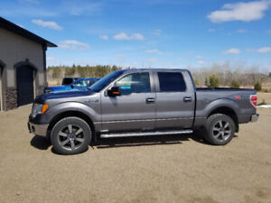 ONLY 140KMS - 2011 Ford F150 XTR 4x4