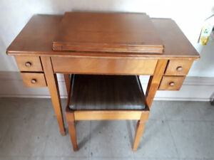 Sewing Machine Table (no sewing machine)