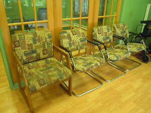 5 chairs (chaises), leather sofa/cuir