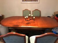 Cherry Wood Extending Dining Table & 8 Chairs Including 2 Carvers