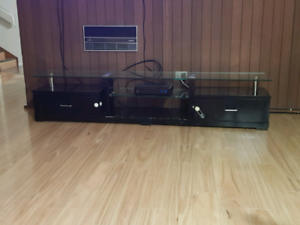 Used in good condition Tv unit